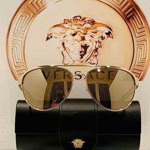 2319232d055f8 Versace. Versace Sunglass Style 2165 Aviator